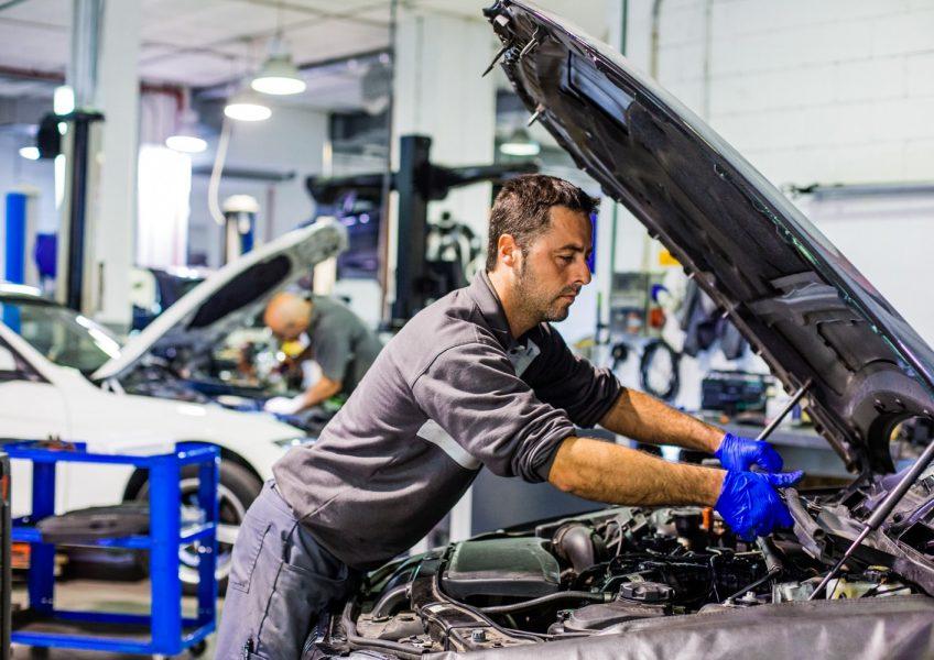 La importancia de adquirir accesorios y repuestos originales para tu vehículo
